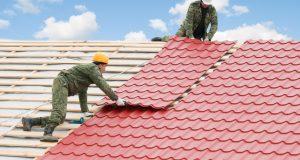 Gyvenamųjų namų šlaitinių stogų šiltinimas